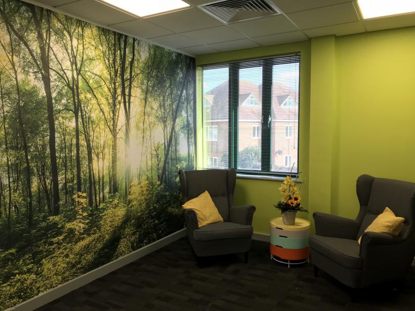 tree printed wall paper