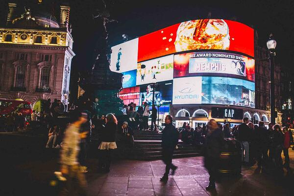 Piccadilly Circus Advertising - Evans Graphics