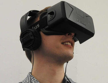 Virtual Reality Headset - Evans Graphics